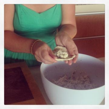 I fill dough